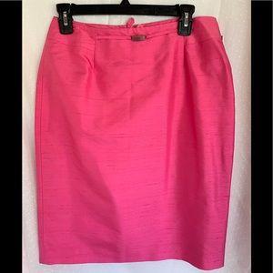 Liz Claiborne 100% silk Pink skirt size 8
